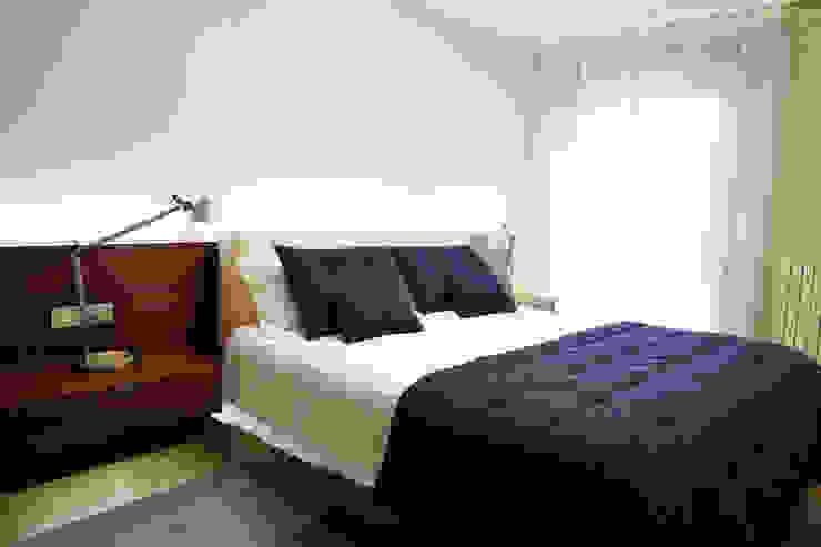 VILCAR Dormitorios de estilo clásico de Maria Bonet Clásico
