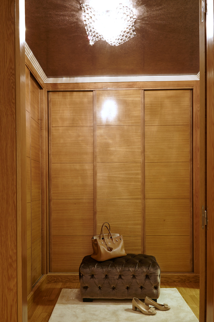 VILCAR Vestidores de estilo clásico de Maria Bonet Clásico