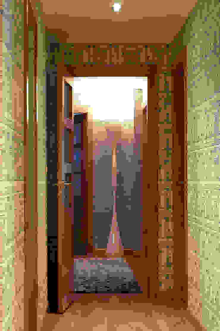 VILCAR Pasillos, vestíbulos y escaleras de estilo clásico de Maria Bonet Clásico
