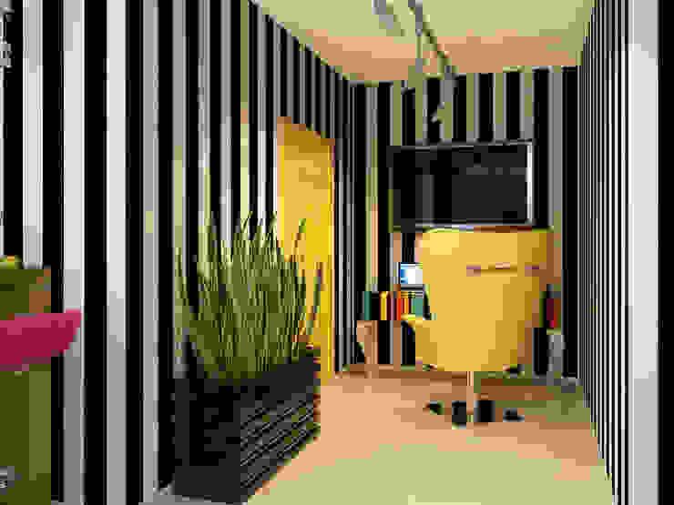 Квартира в стиле Энди Уорхола Рабочий кабинет в эклектичном стиле от Студия дизайна интерьера Маши Марченко Эклектичный