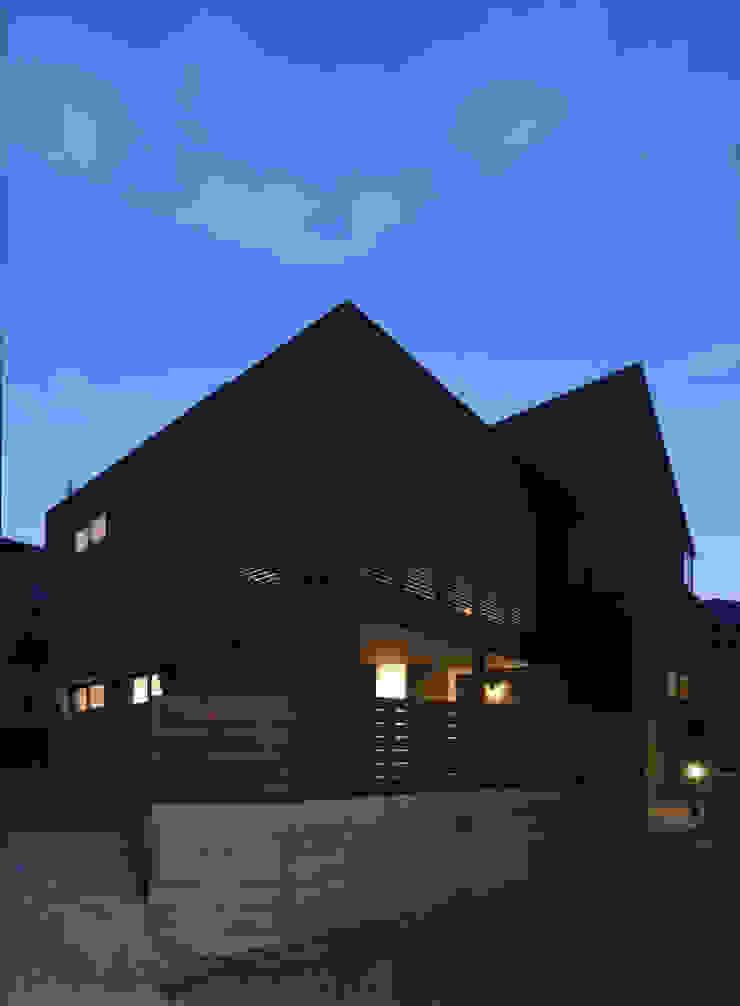 岡本の家 モダンな 家 の アトリエ・ブリコラージュ一級建築士事務所 モダン