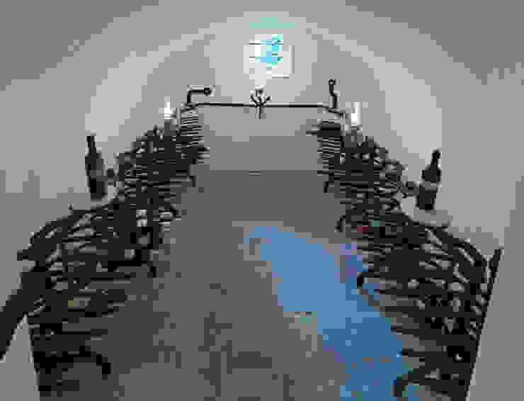 Vitis Vinifera wijnkelder:  Keuken door Kranen/Gille, Modern