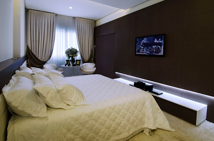 Modern style bedroom by Canisio Beeck Arquiteto Modern