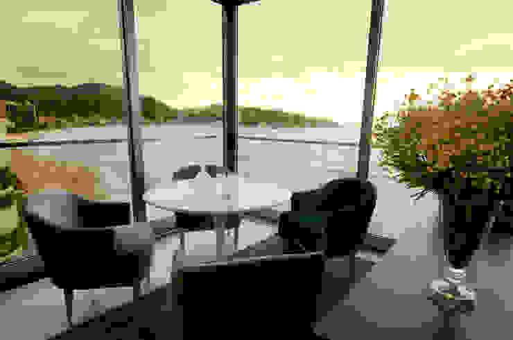 A31 Residência Salas de estar modernas por Canisio Beeck Arquiteto Moderno