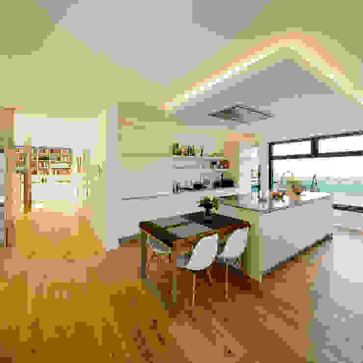 Haus S Moderne Küchen von Ferreira | Verfürth Architekten Modern