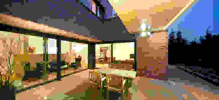 모던스타일 주택 by Ferreira | Verfürth Architekten 모던