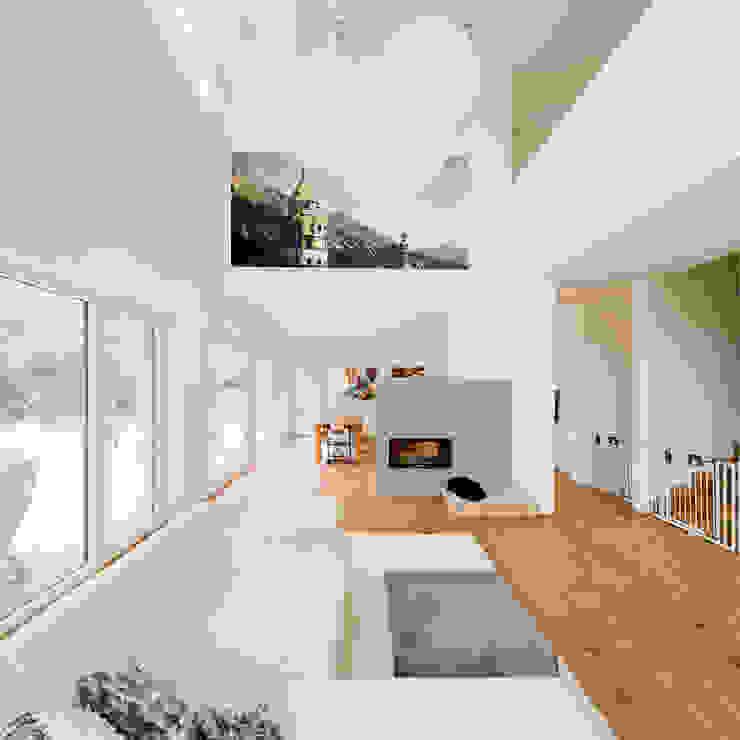 Haus STS Moderne Wohnzimmer von Ferreira | Verfürth Architekten Modern