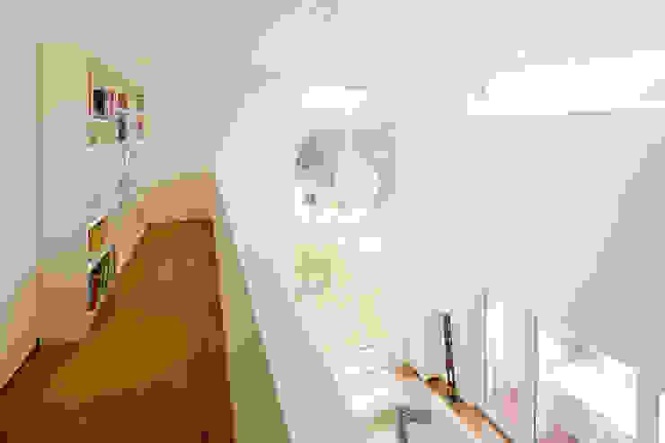 Haus STS Moderner Flur, Diele & Treppenhaus von Ferreira | Verfürth Architekten Modern