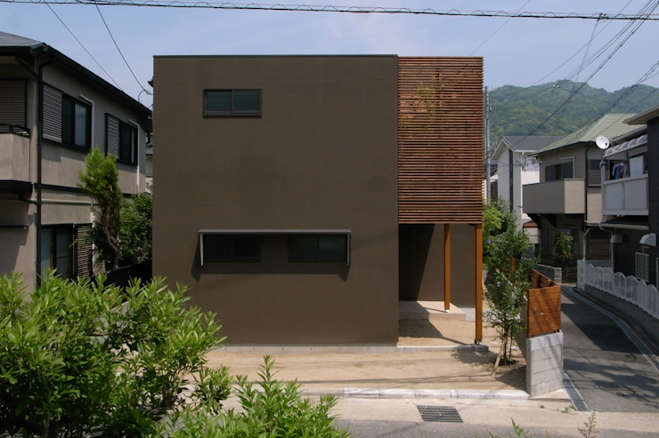 Modern houses by アトリエ・ブリコラージュ一級建築士事務所 Modern