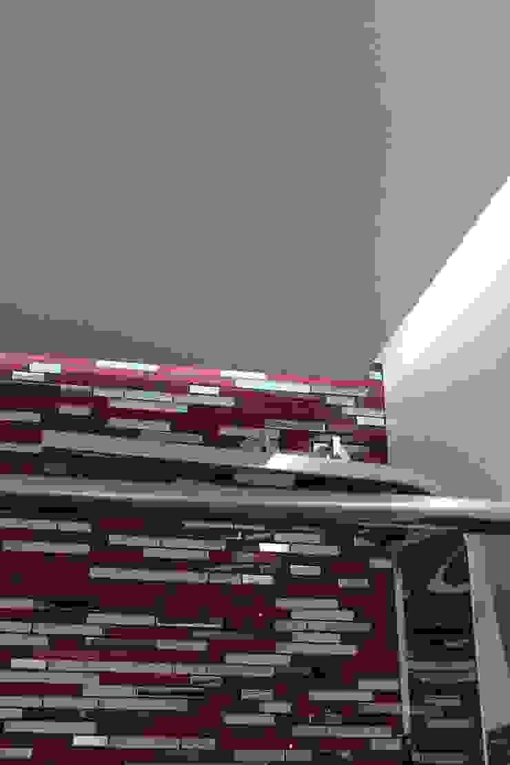 Techo decorativo Baños de estilo moderno de Cool Global Services Moderno