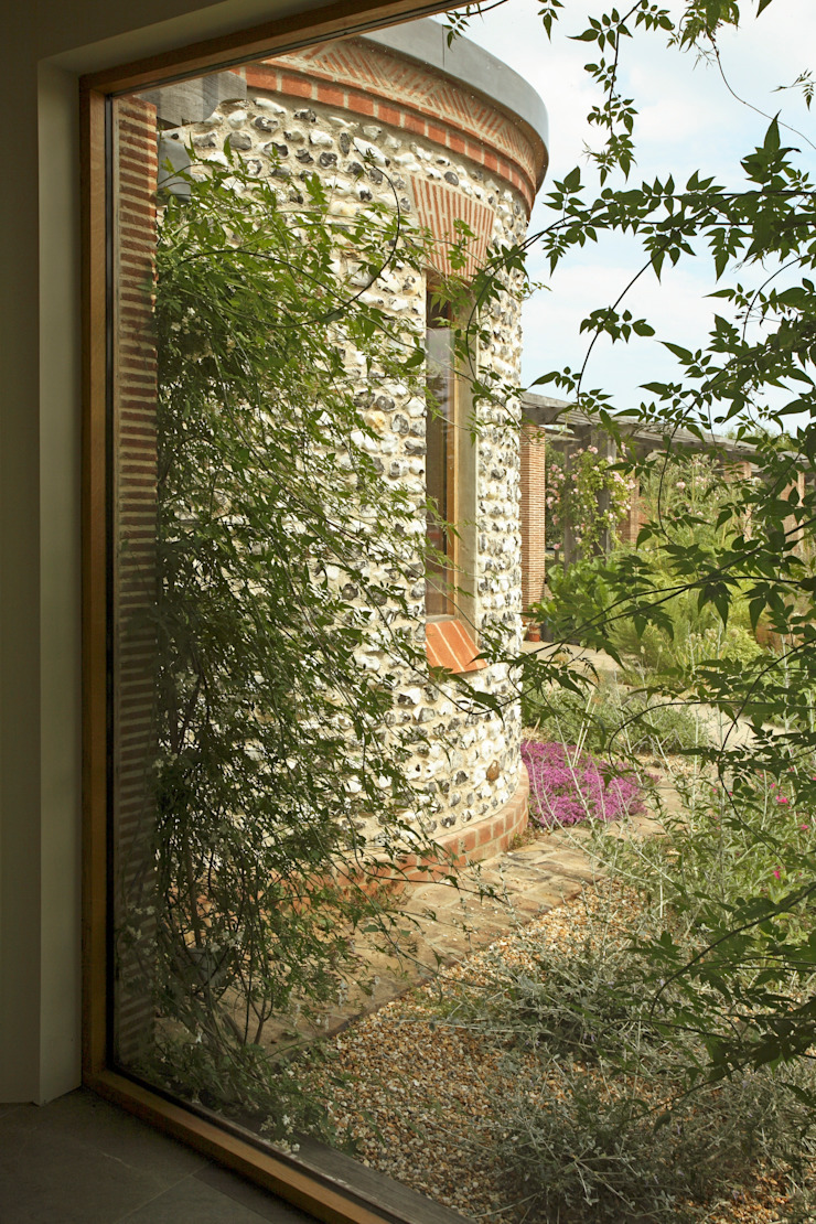 View out Giles Jollands Architect Study/office