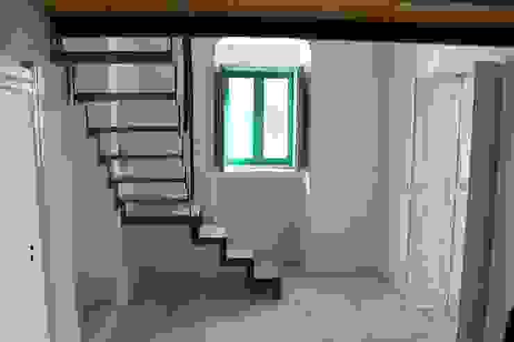 Oficinas de estilo rural de Antonio D'aprile Architetto Rural
