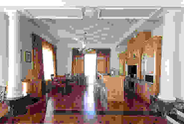 Коттедж в п. Шувакиш Кухня в классическом стиле от Архитектурно-дизайнерская студия 'Арт Диалог' Классический