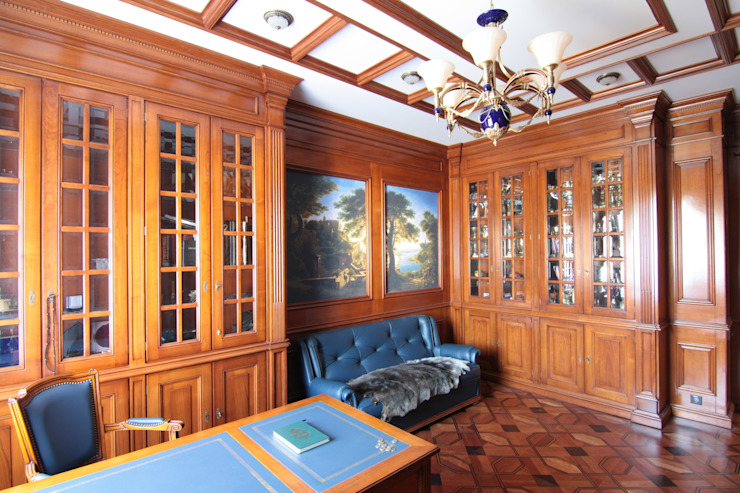 Коттедж в п. Шувакиш Рабочий кабинет в классическом стиле от Архитектурно-дизайнерская студия 'Арт Диалог' Классический