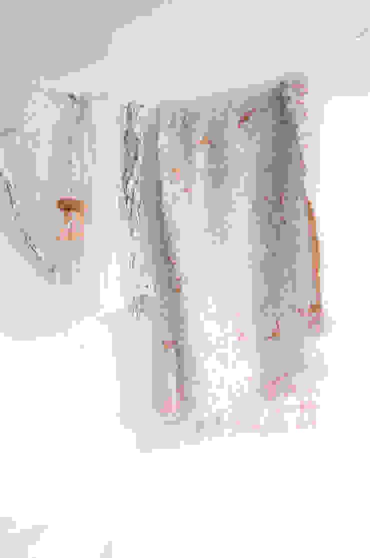 Fringe N°6 plaid – Coral van Roos Soetekouw Design Eclectisch