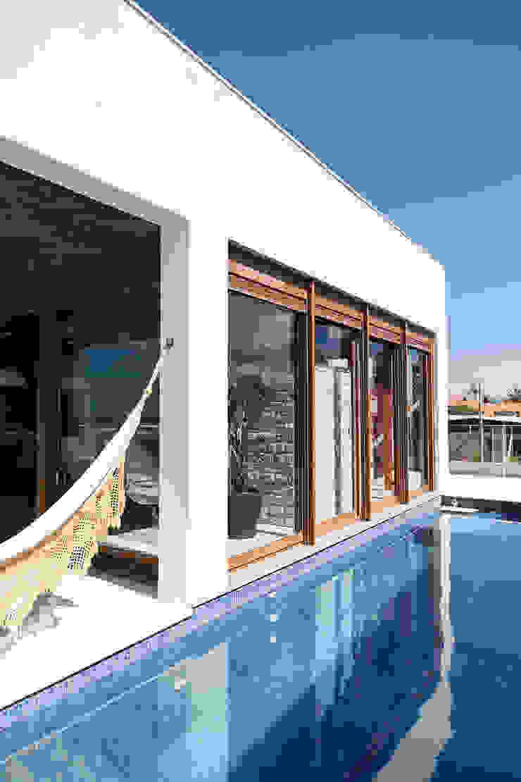 Casa Beira Mar - Seferin Arquitetura Casas modernas por Seferin Arquitetura Moderno