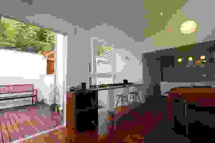 HOUSE M・Y モダンデザインの 多目的室 の nagena モダン