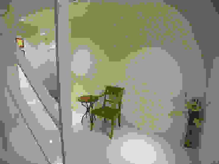 HOUSE M・Y モダンスタイルの 玄関&廊下&階段 の nagena モダン