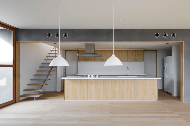 SHR house: sun tan architects studioが手掛けたキッチンです。,オリジナル
