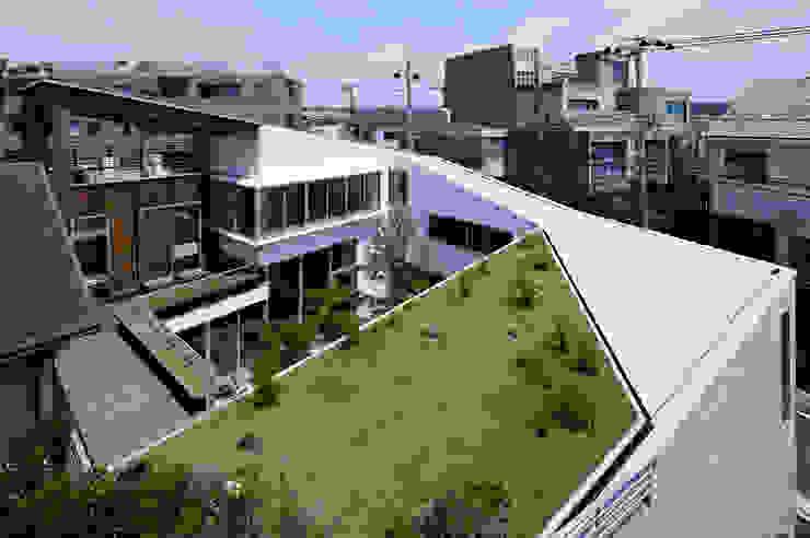 Spiral roof 工藤宏仁建築設計事務所 Modern houses