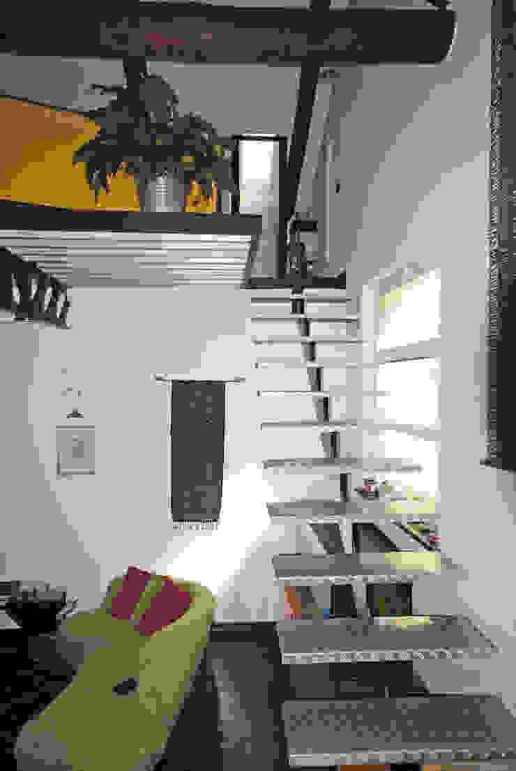 ARCHILOCO studio associato Couloir, entrée, escaliers industriels