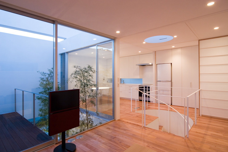 Phòng ăn phong cách hiện đại bởi 株式会社 アーキショップ 一級建築士事務所 Hiện đại