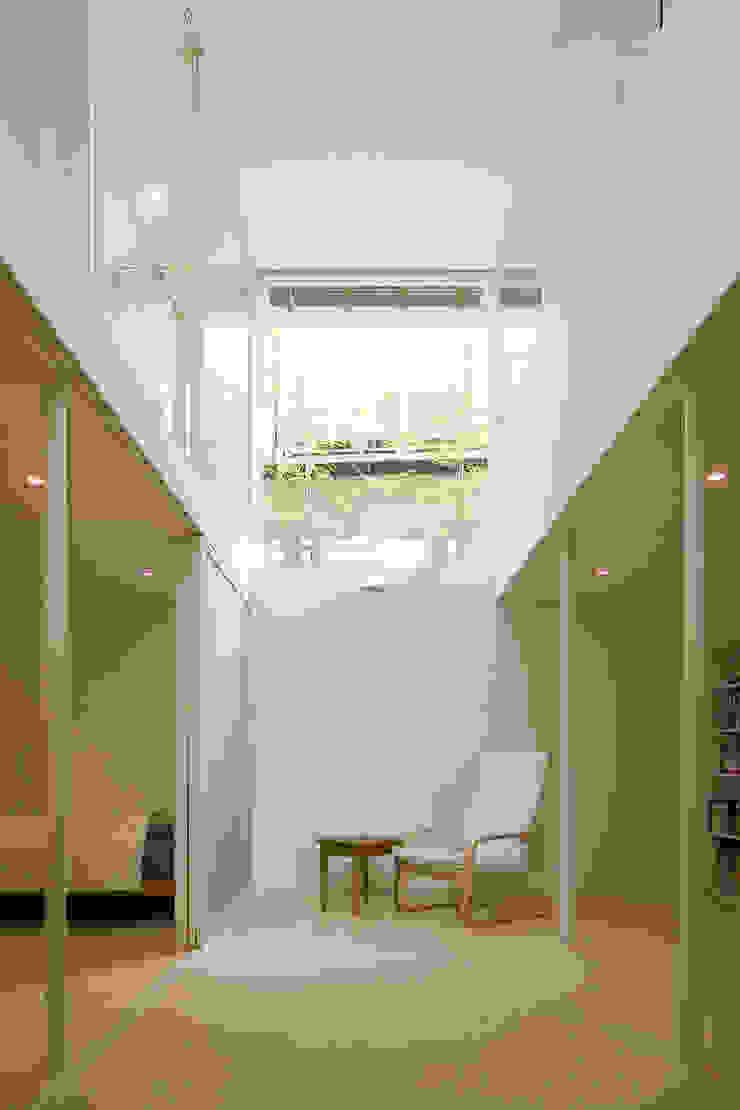 株式会社 アーキショップ 一級建築士事務所 Moderner Multimedia-Raum