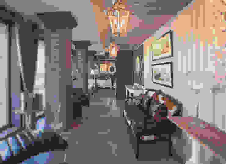 Салон мебели Сквирел Dialma Brown Коридор, прихожая и лестница в классическом стиле от anydesign Классический