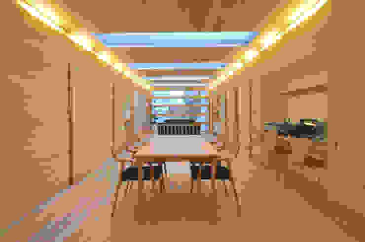 Tー邸 オリジナルデザインの リビング の 田村淳建築設計事務所 オリジナル