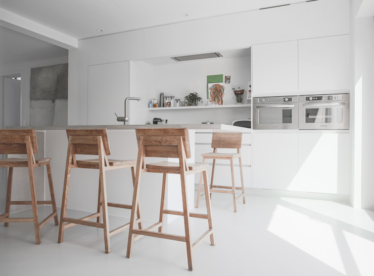 Minimalist kitchen by GIASIL Minimalist