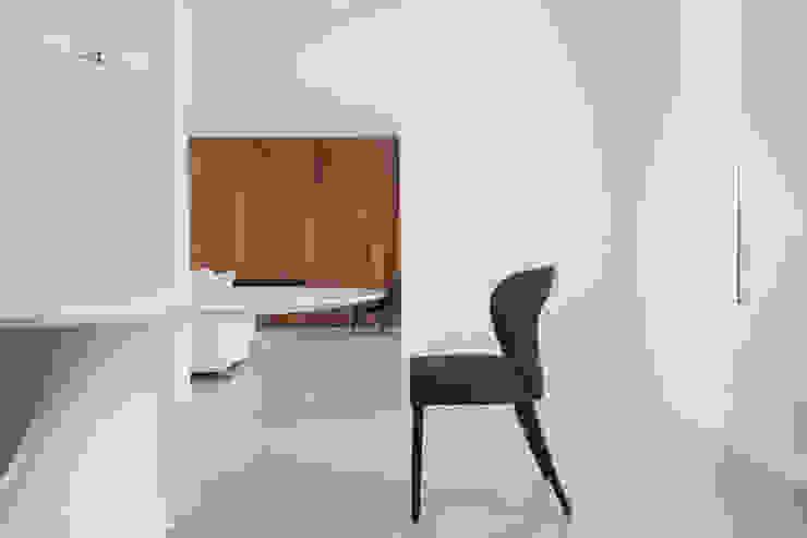 GIASIL Minimalist dining room