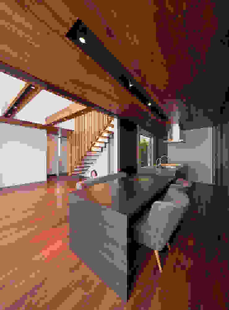 A2-house「shell house」 モダンな 家 の Architect Show Co.,Ltd モダン