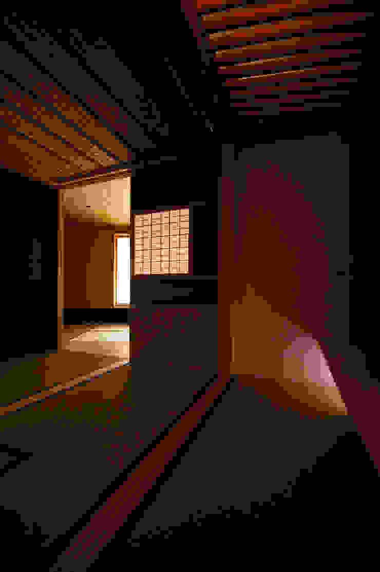 Mujinzou / 夢尋蔵 モダンな 家 の 株式会社POINT モダン