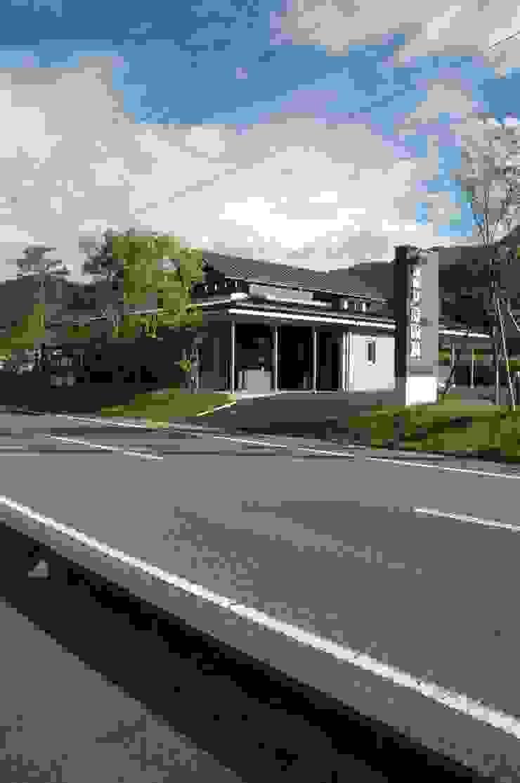 西外観 オリジナルな 家 の ばん設計小材事務所 オリジナル