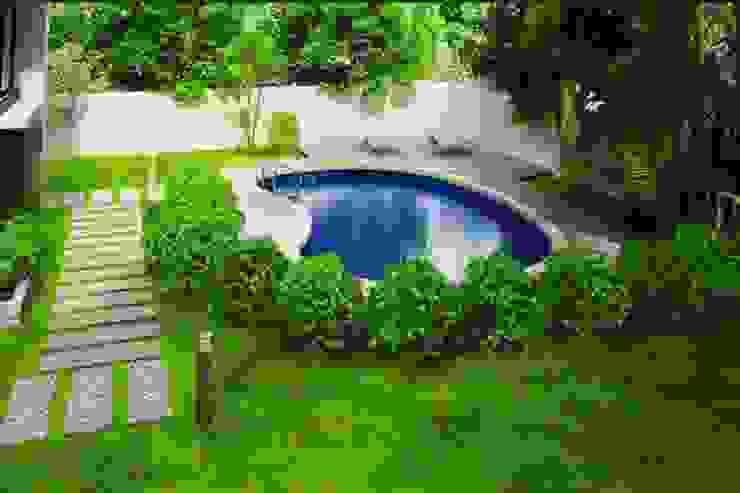 Jardin moderne par GREENLİNE PEYZAJ Moderne
