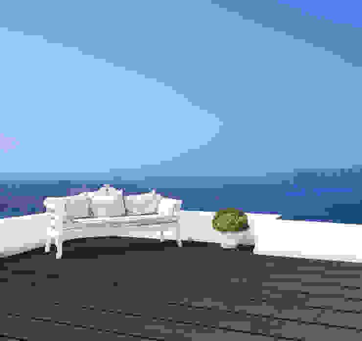 Bamboe vlonderplanken in espressokleur. Mediterrane balkons, veranda's en terrassen van Veluwood B.V. Mediterraan