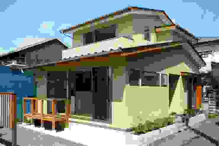 石井設計事務所/Ishii Design Office Nhà gỗ Gỗ Beige