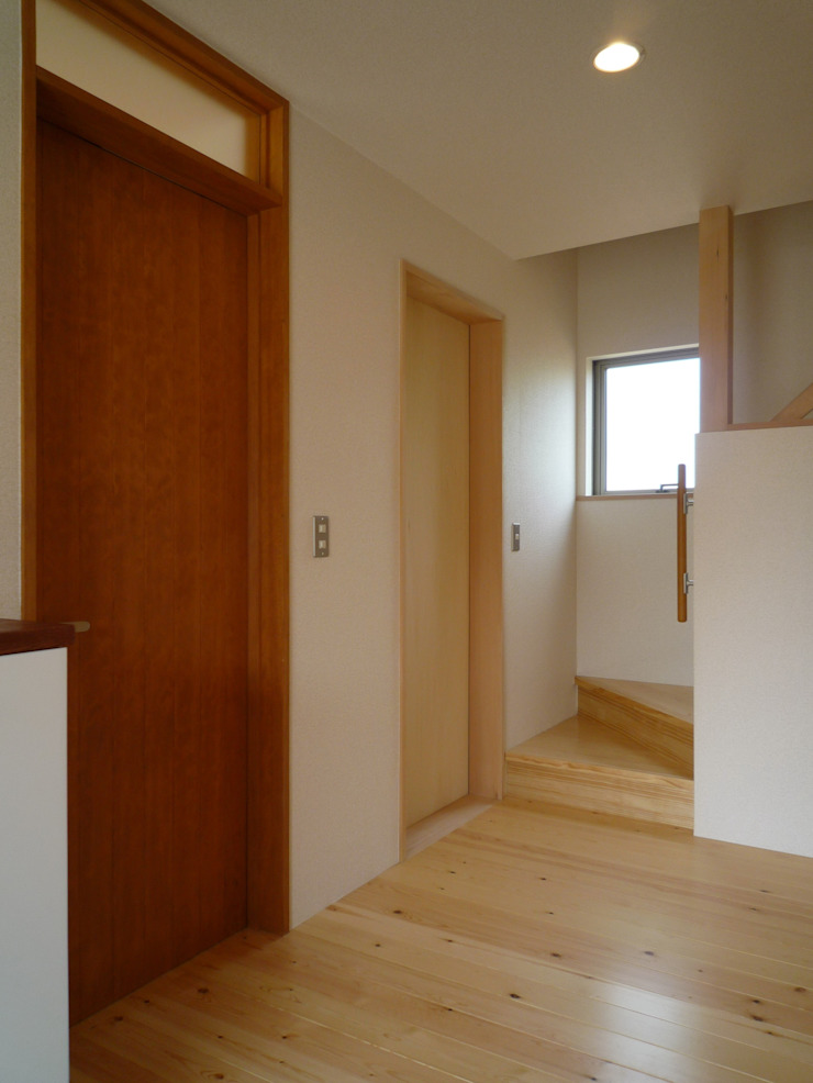玄関ホール 和風の 玄関&廊下&階段 の 石井設計事務所/Ishii Design Office 和風 木 木目調