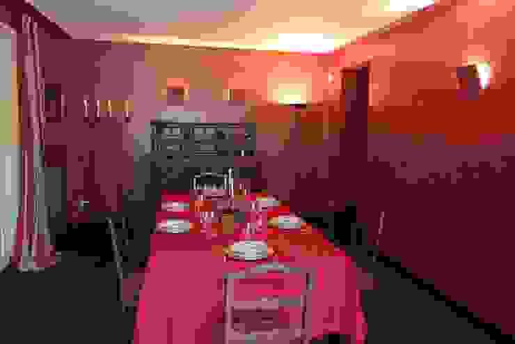sala da pranzo Sala da pranzo in stile classico di Gaia Brunello | in-photo Classico