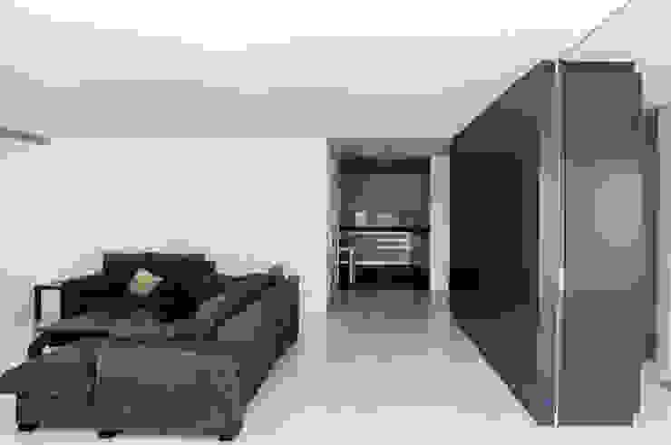 VIVIENDA A-MOR-I-SART Salones de estilo moderno de estudio551 Moderno