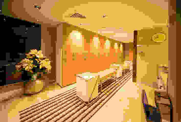 LADY SAUNA SPA MERKEZİ Modern Giyinme Odası İki Derece Mimarlık Modern