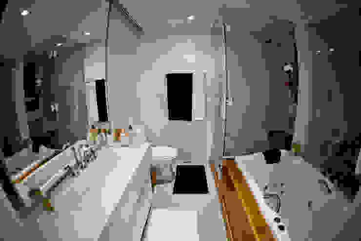 Apartamento E&E.S - Banheiro Banheiros modernos por Kali Arquitetura Moderno