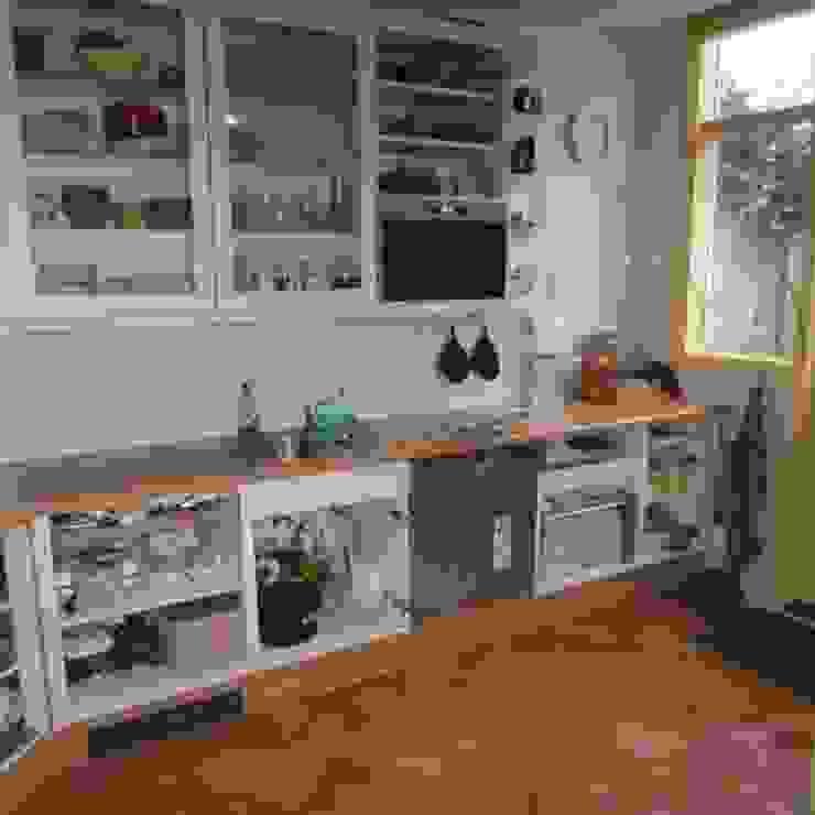 Keukens: modern  door JOHNKEUKENS, Modern
