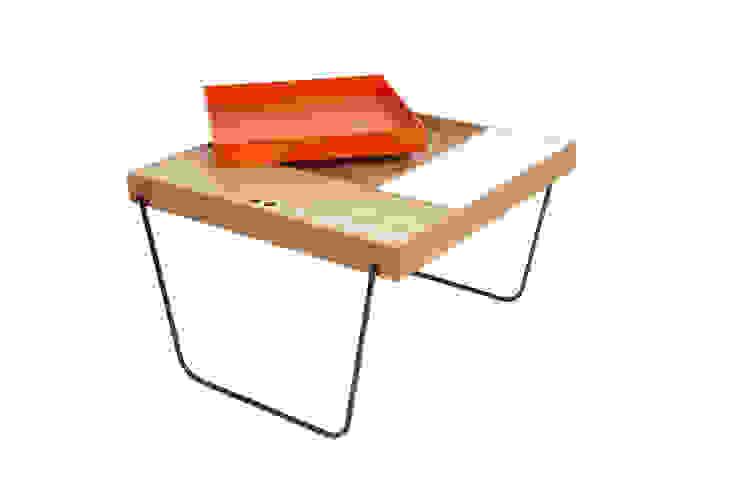 Mesa auxiliar - Tokyo - color naranja de Chez D&C design Minimalista