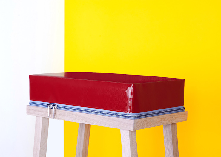 Stool: modern  door Visser en Meijwaard, Modern
