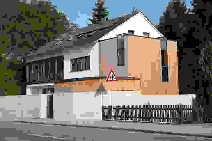 Umbau und Erweiterung eines Mehrfamilienhauses Architekturbüro Kirchmair + Meierhofer