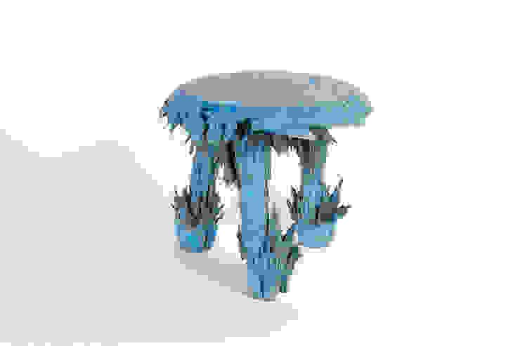 Gravity Stool – Blue : modern  door Jólan van der Wiel, Modern