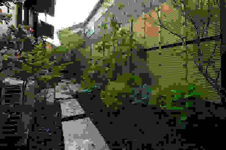 緑と潤いあふれる日陰の庭 2013~ オリジナルな 庭 の にわいろSTYLE オリジナル
