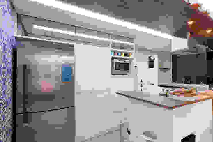 Raphael Civille Arquitetura Kitchen