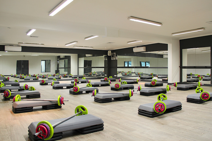 The Northwood Club - A boutique style gym من Bhavin Taylor Design حداثي